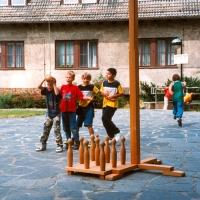 Alte Spiele wieder entdeckt, hier das Luftkegeln