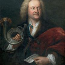 Elias Gottlob Haussmann hat den barocken Startrompeter mit seinem Instrument porträtiert.