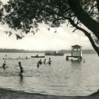 Ab 1950 diente der Elsterstausee auch zu Erholungszwecken